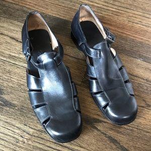Vintage Cole Haan Country Black Fisherman Sandals